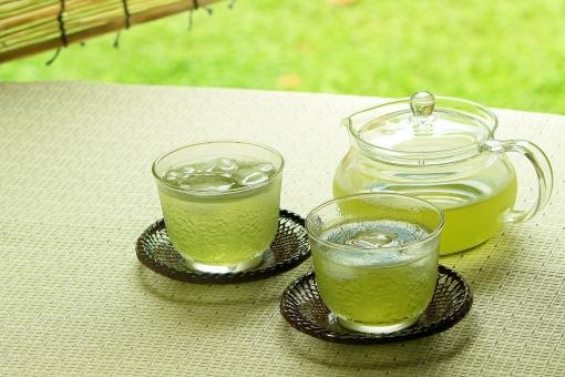 6  お茶の葉発見